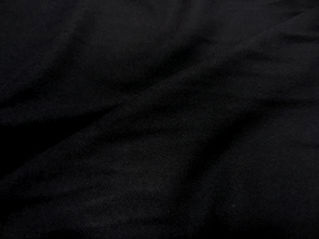 Laine legere noire 2