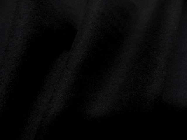 Laine legere noire 3