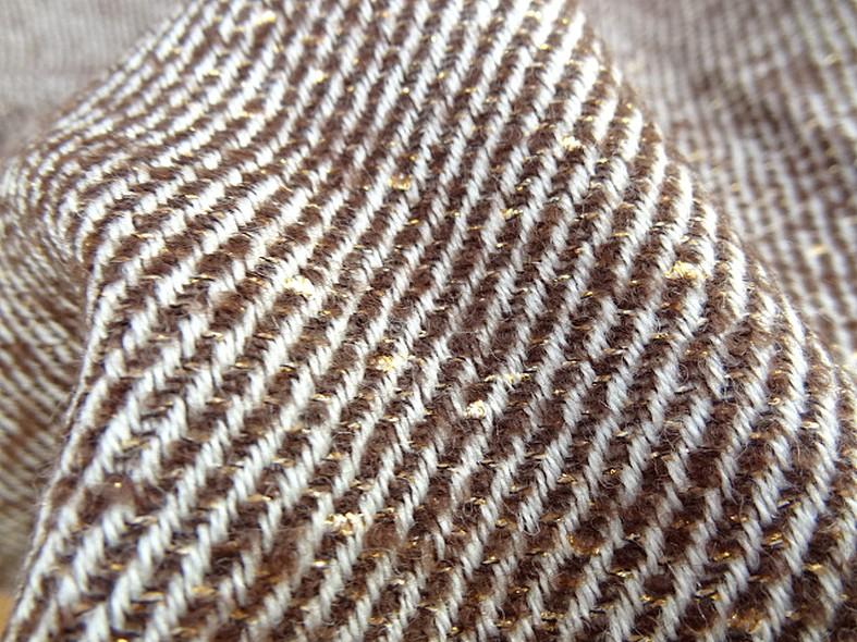 Laine marron beige effet pepite d or 4