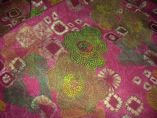 Lin coton framboise motif fleur pointillisme