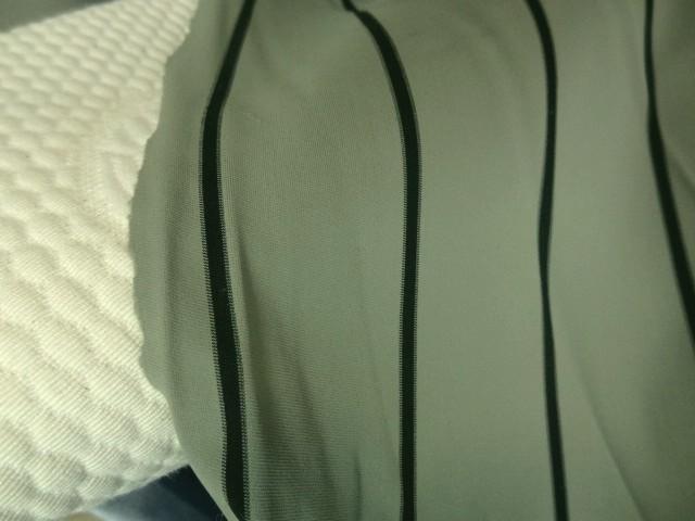 Lycra beigeasse rayures craie 2