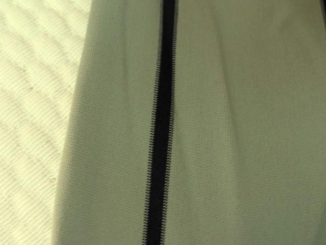 Lycra beigeasse rayures craie 3