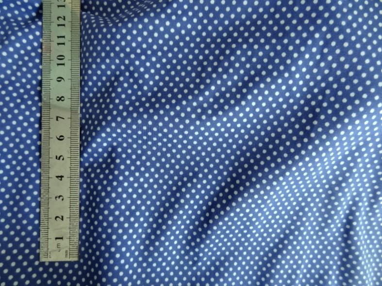 Lycra bleu denim a petits pois blancs 2
