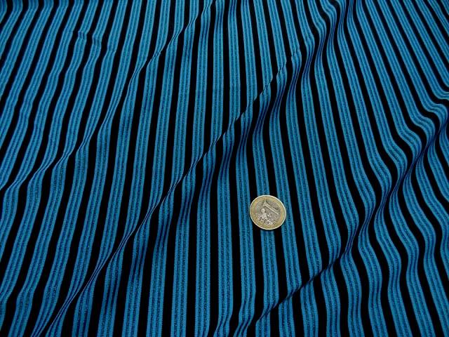 Lycra bleu rayures et lignes 2