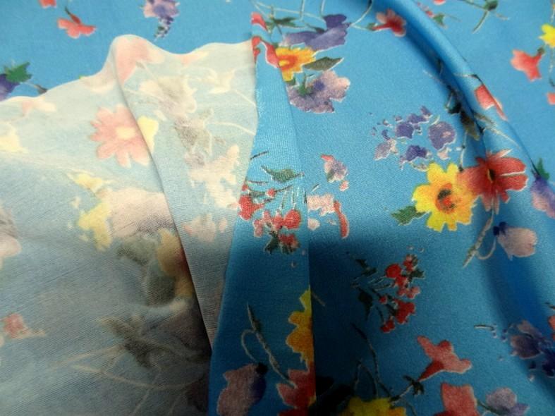 Lycra fin bleu azur fleuri 2