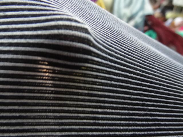 Lycra finement cotele moire noir et gris perle 3