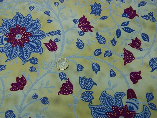 Lycra fond marbre jaune pale fleurs passiflore 5