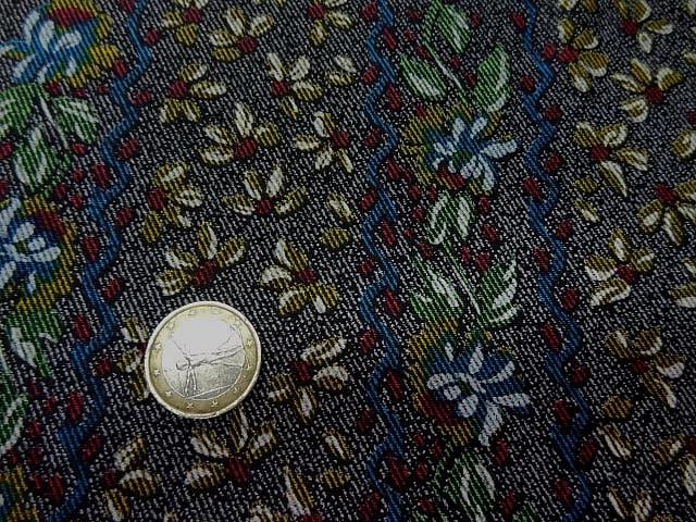 Lycra imprime faux tissage diagonal fleuri 4