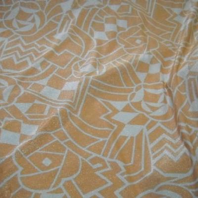 Lycra lurex prismes blanc et abricot 3