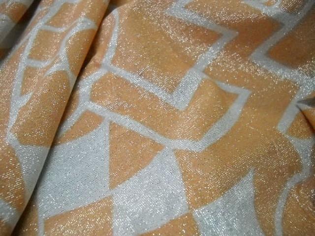 Lycra lurex prismes blanc et abricot 4