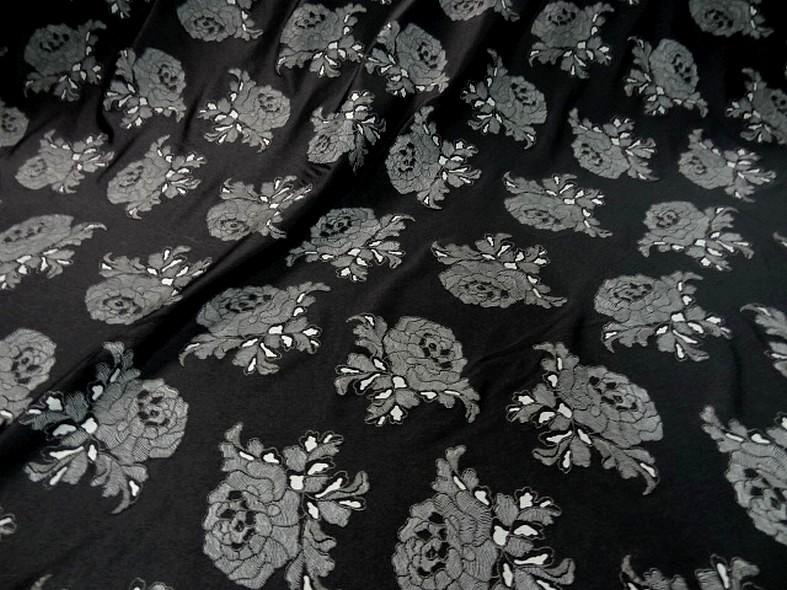 Lycra noir fin application motif roses grises en relief 1