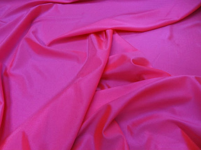 Lycra satine rose fluo 1