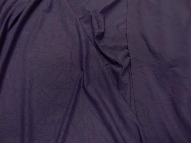 Lycra violet d eveque aspect froisse 1