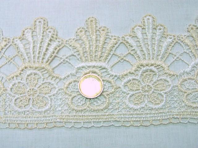 Macrame blanc casse ivoire fleur et couronne 3