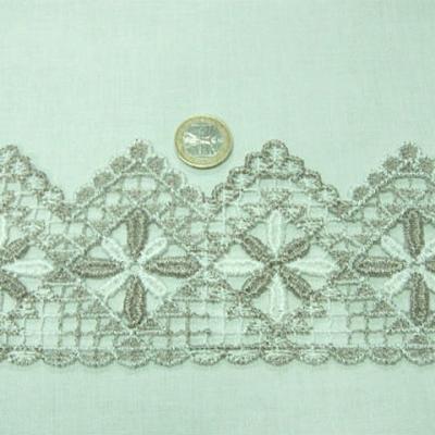 Macrame blanc ceruse ficelle fleur etoilee et zigzag 2