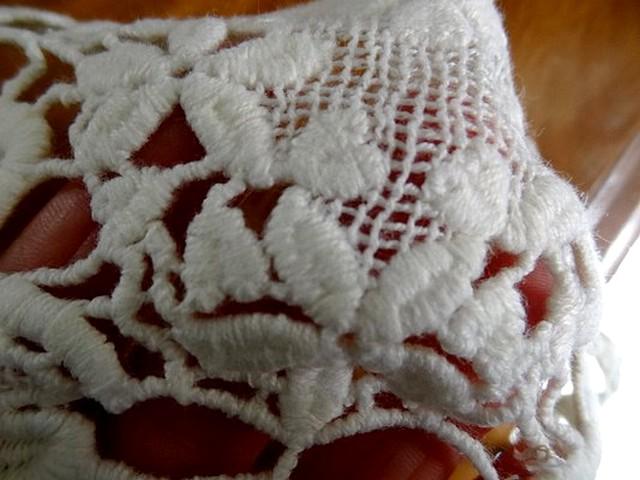 Macrame cygnes blanc casse03