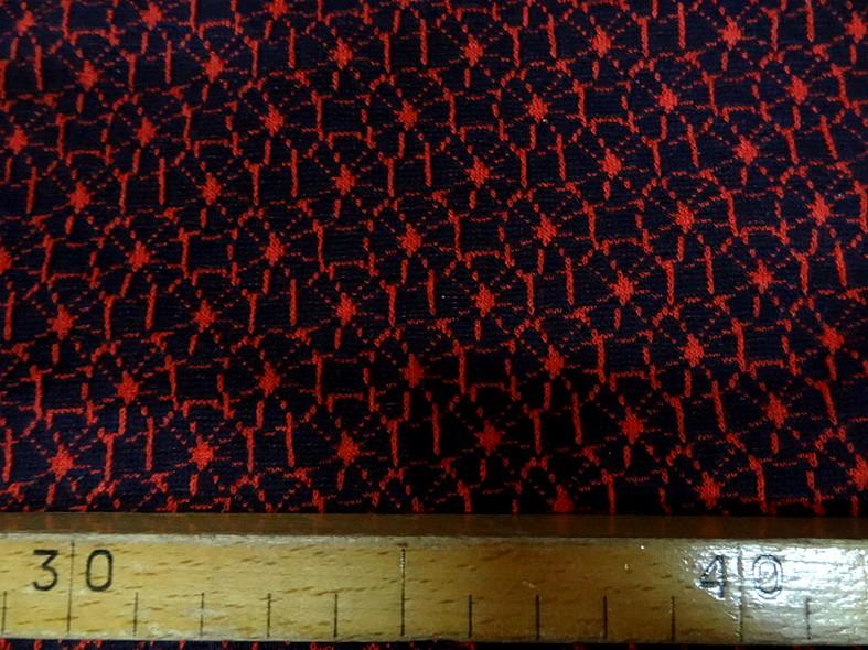 Maille lainage bleu marine motif japonais rouge 1