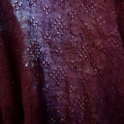 Maille laine melange motif picot prune 2