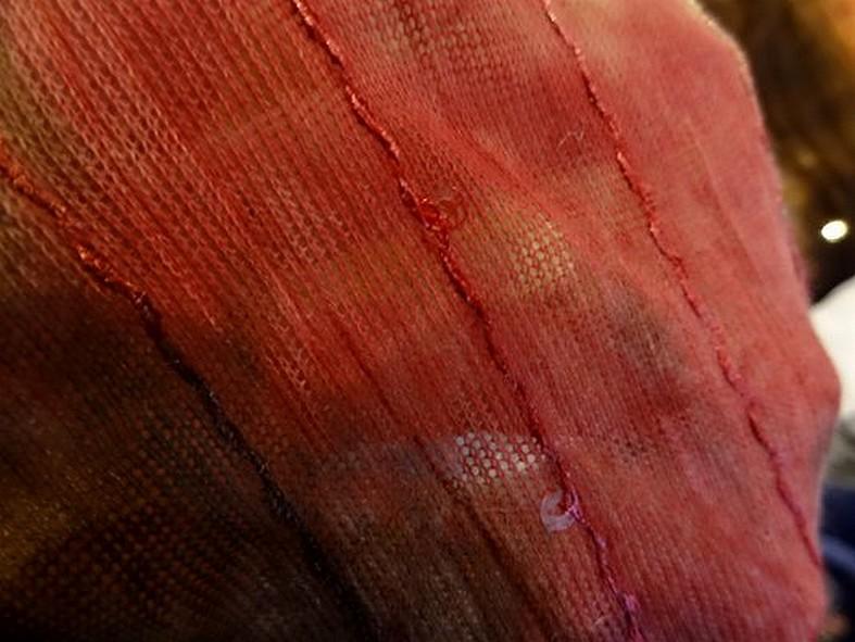 Maille resille coton marbre rose a sequins 3