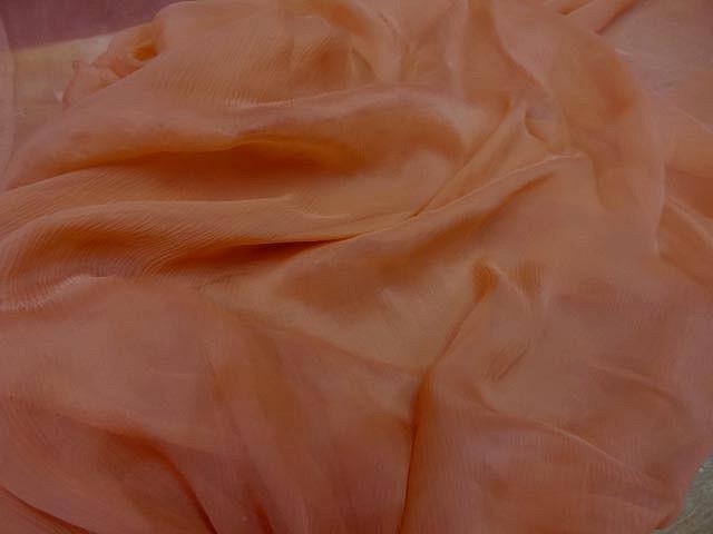 Mousseline de soie corail creponne0