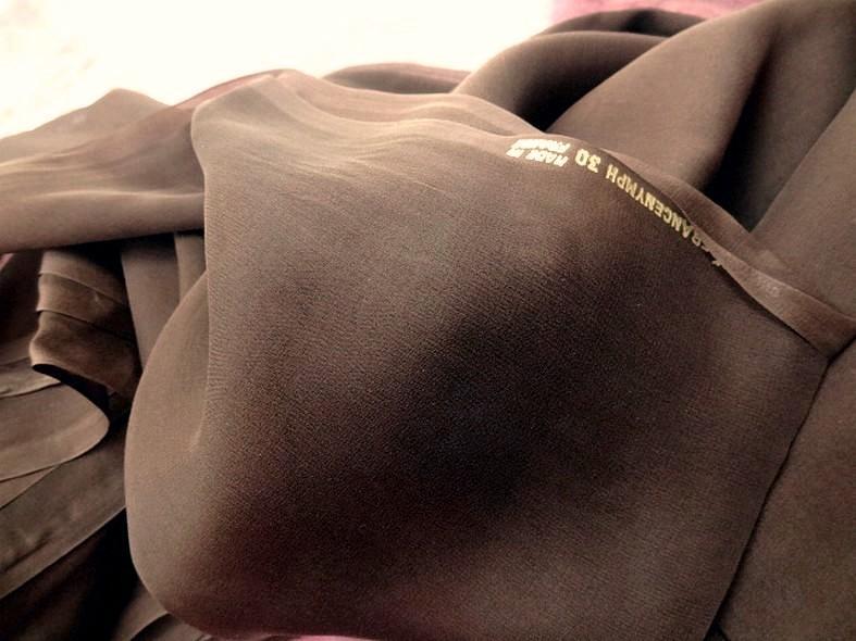 Mousseline de soie lisse marron cafe 5