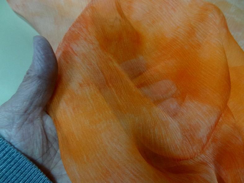 Mousseline de soie marbree corail 2