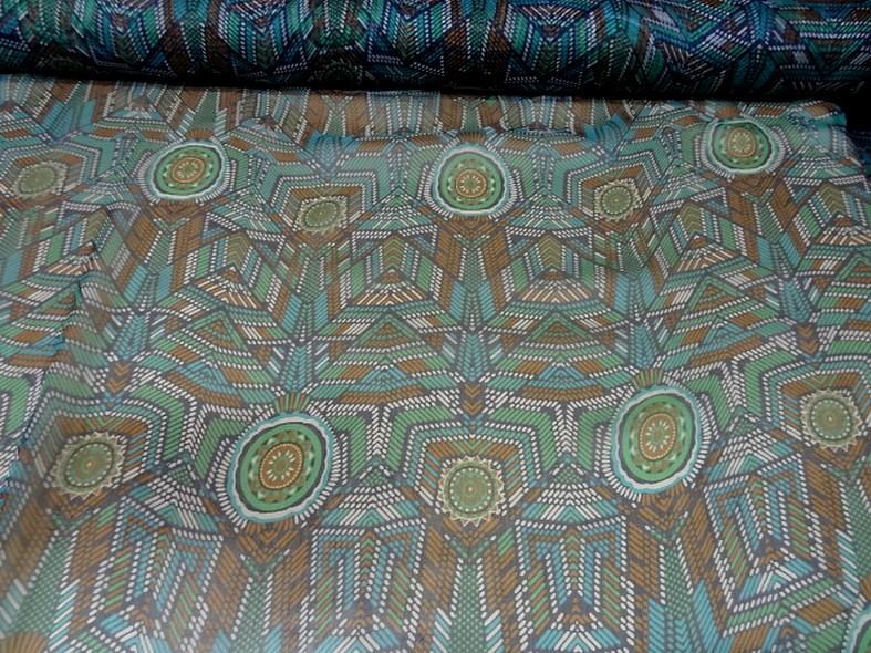 Mousseline de soie motif ethnique bleu vert 4