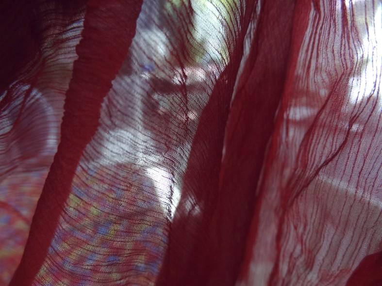 Mousseline de soie rouge groseille 2