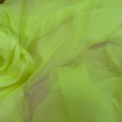 Mousseline de soie vert anis