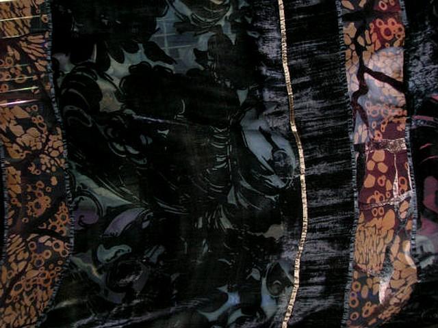 Mousseline devore velours noir marbre motif arabesques 4