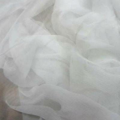 Mousseline en soie blanche 1