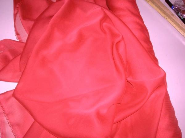 Mousseline rouge profond 1