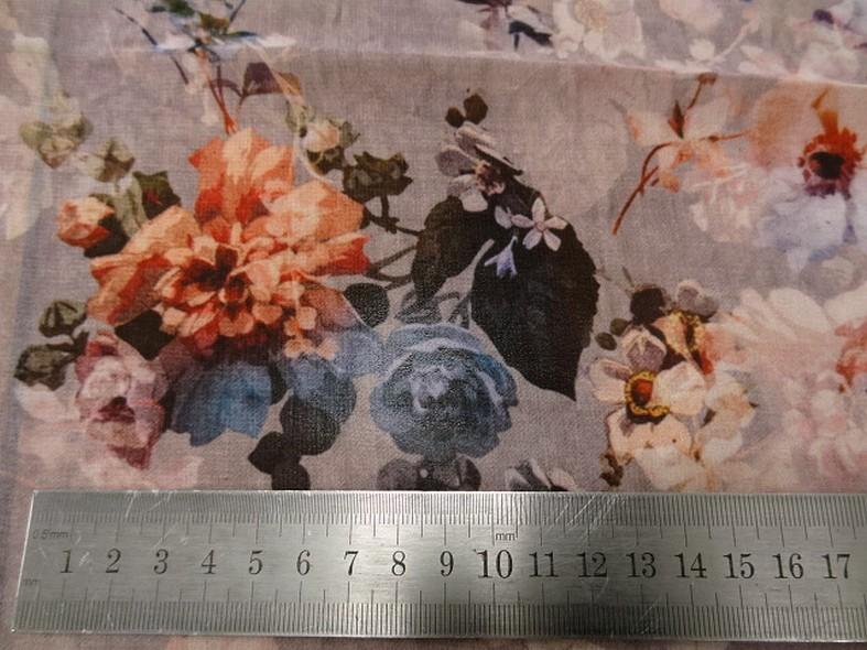 Mousseline vieux rose fleurie 2