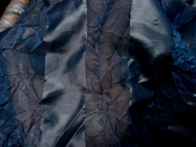 Organza bleu canard faconne bandes froisse permanent 3