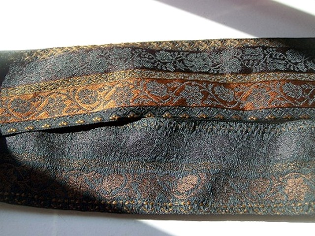 Passementerie crepuscule cuivre et noir 1