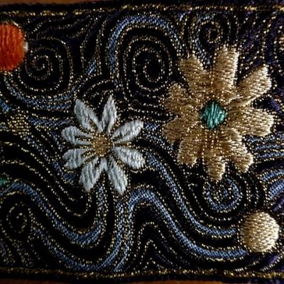 Passementerie galaxie fleurs 2