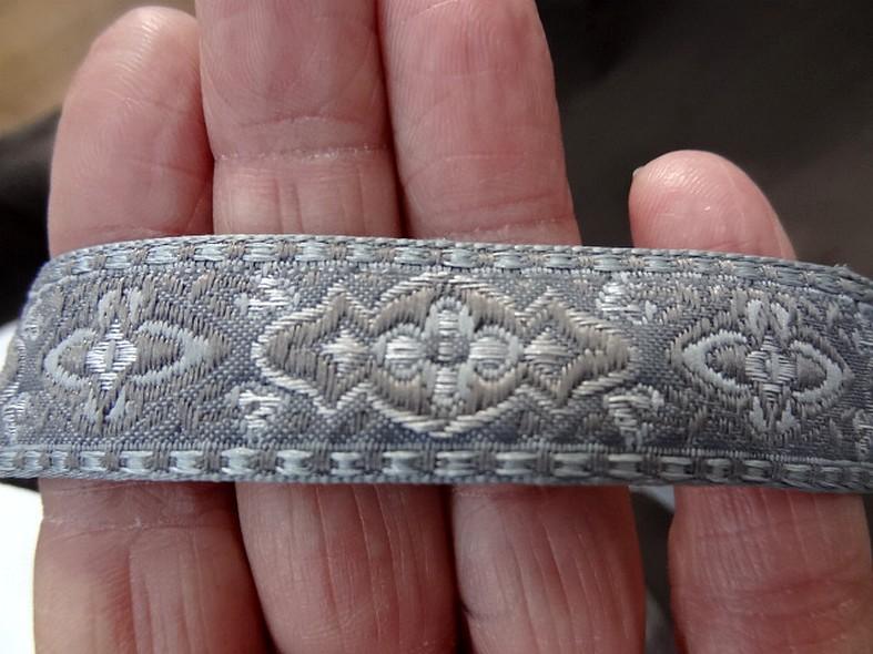 Passementerie ruban gris et taupe
