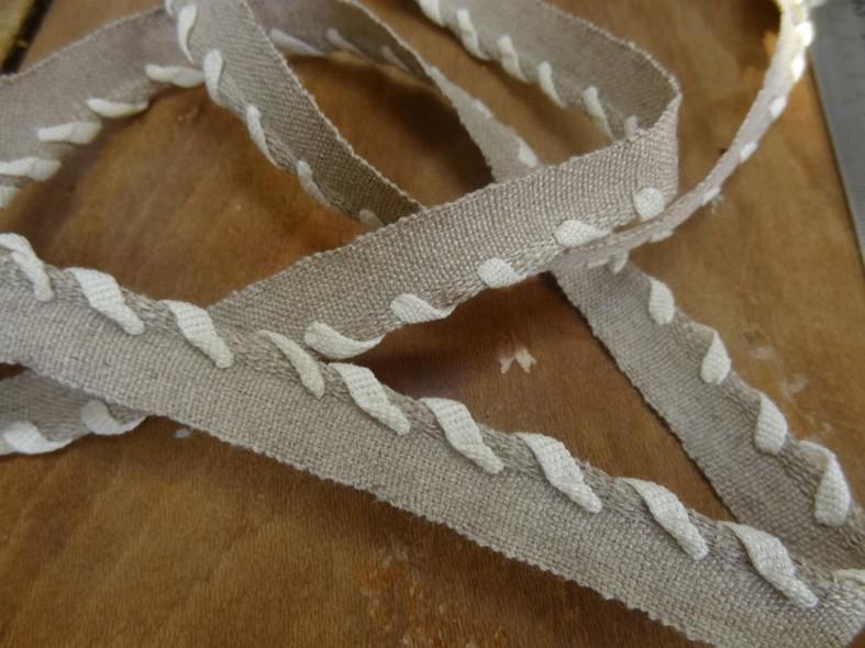 Passepoil lin sable lace de coton blanc casse 1