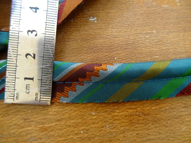Passepoil satin raye bleu canard ocre 2