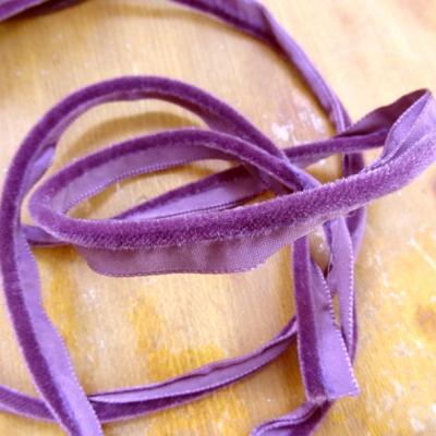 Passepoil velours violet zinzolin 1