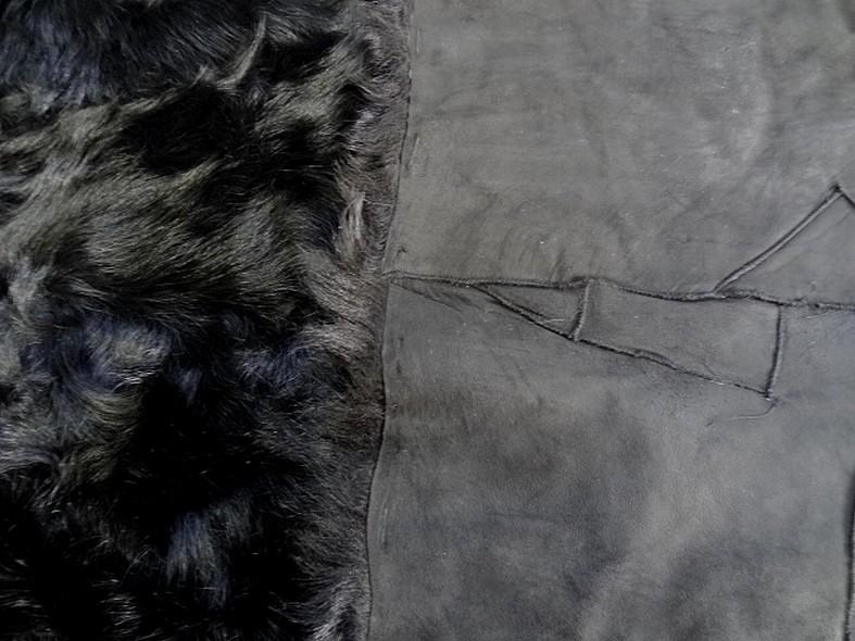 Peau de chevreau noir reconstituee 2