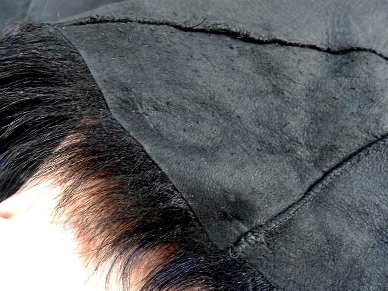 Peau de chevreau noir reconstituee 5