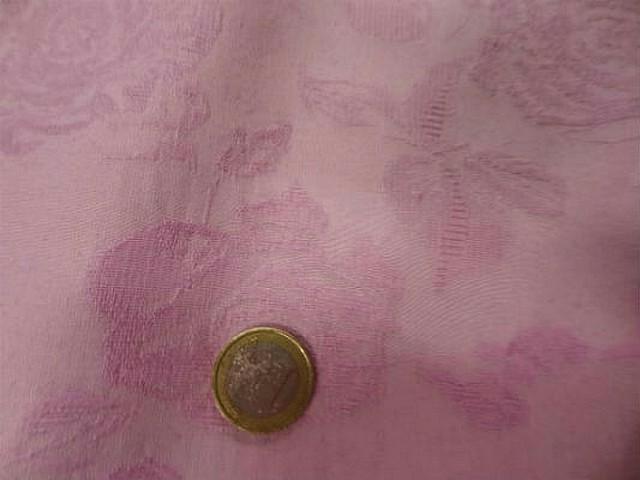 Pique de coton rose dragee fleuri 3