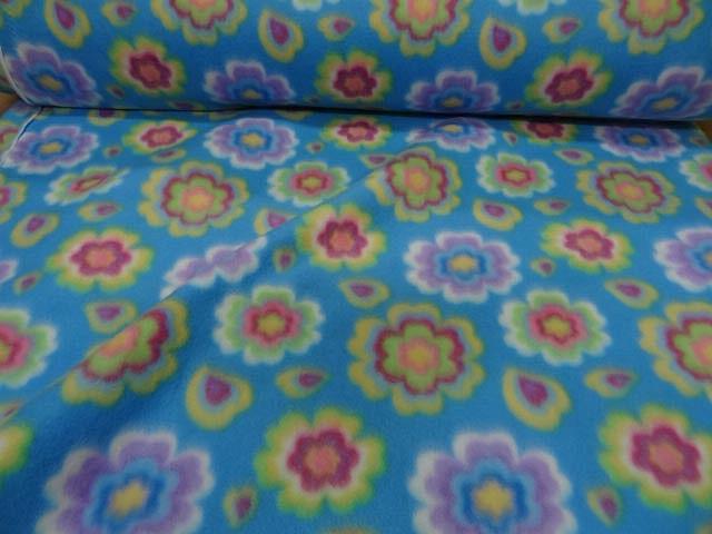 Polaire doudou bleu celeste enfant motifs fleurs 1