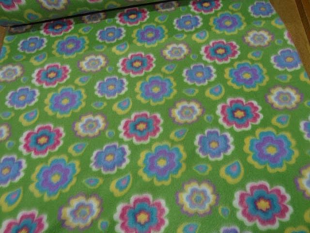 Polaire doudou vert prairie enfant motif fleurs 0 1