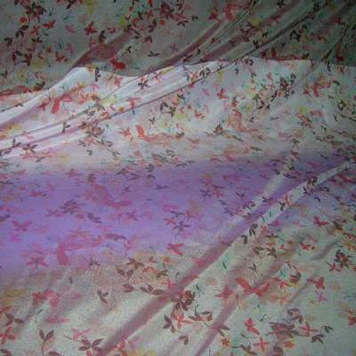 Polyamide coton rose clair fondu lilas motifs papillons 1