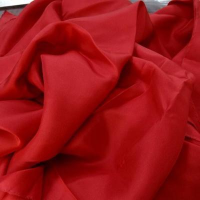 Ponge de soie rouge cardinal 2