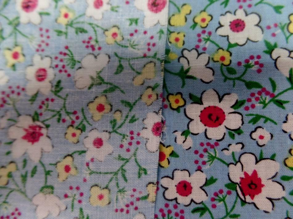 popeline coton bleu imprimé liberty fleurs blanche,jaune et rouge