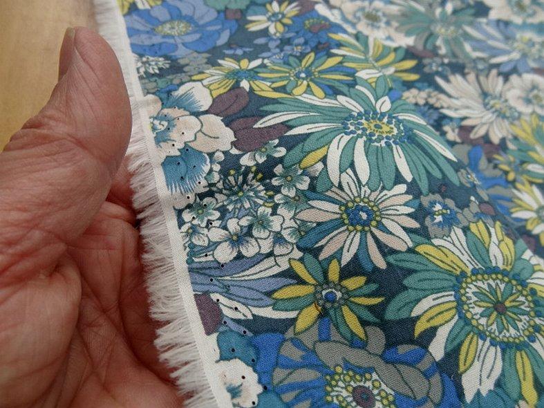 Popeline coton bleu vert floral 1