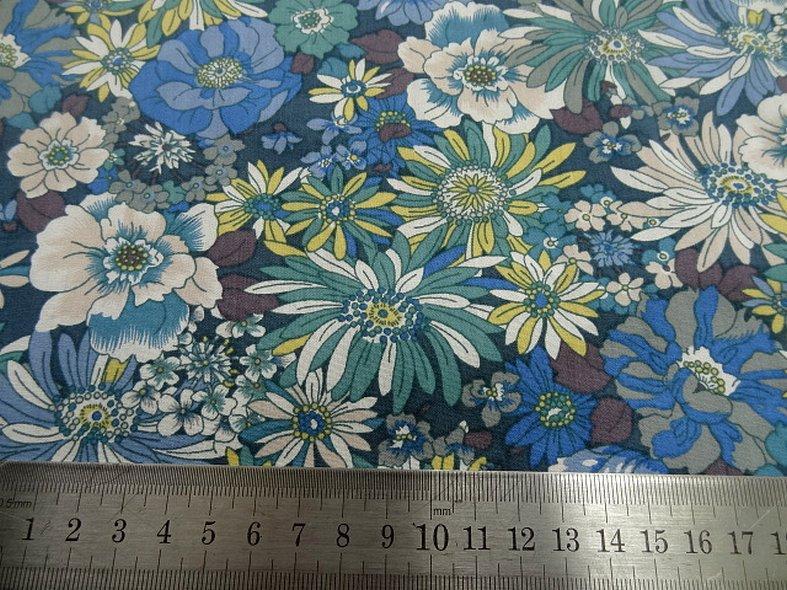 Popeline coton bleu vert floral 9